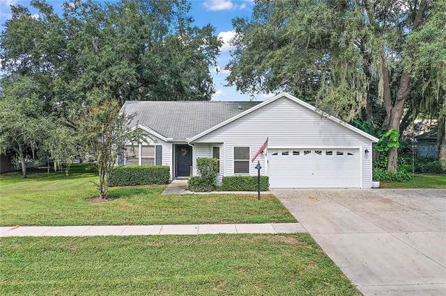 1205 Oak Hammock Lane, Lady Lake, FL 32159 (MLS #G5034458) :: The Robertson Real Estate Group