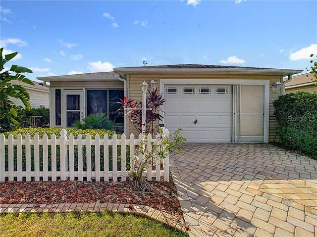 2386 Southern Oak Street, The Villages, FL 32162 (MLS #G5034576) :: Gate Arty & the Group - Keller Williams Realty Smart