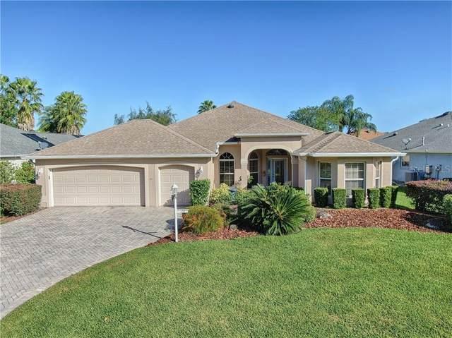 3249 Hampton Lane, The Villages, FL 32162 (MLS #G5034951) :: The Light Team