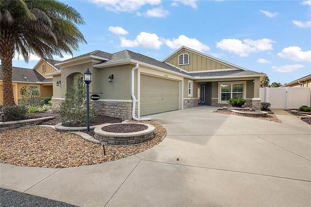 3752 E Torch Lake Drive, The Villages, FL 32163 (MLS #G5035178) :: Realty Executives in The Villages