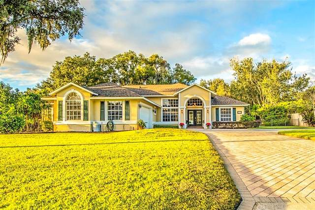 1380 W Lakeshore Drive, Clermont, FL 34711 (MLS #G5036114) :: Delgado Home Team at Keller Williams