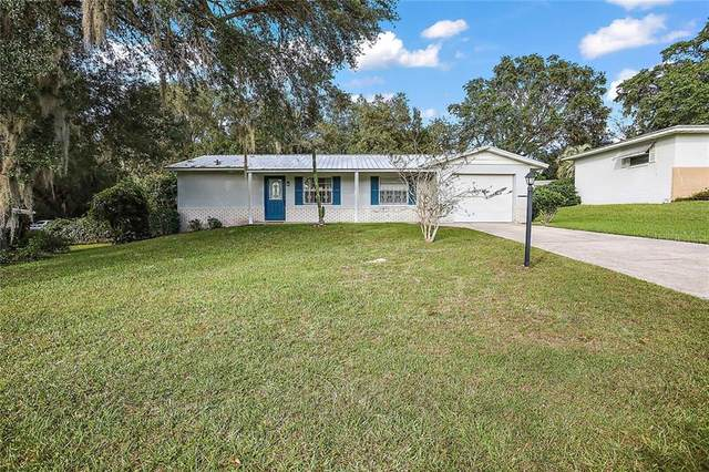 403 First Drive, Lady Lake, FL 32159 (MLS #G5036154) :: Sarasota Gulf Coast Realtors