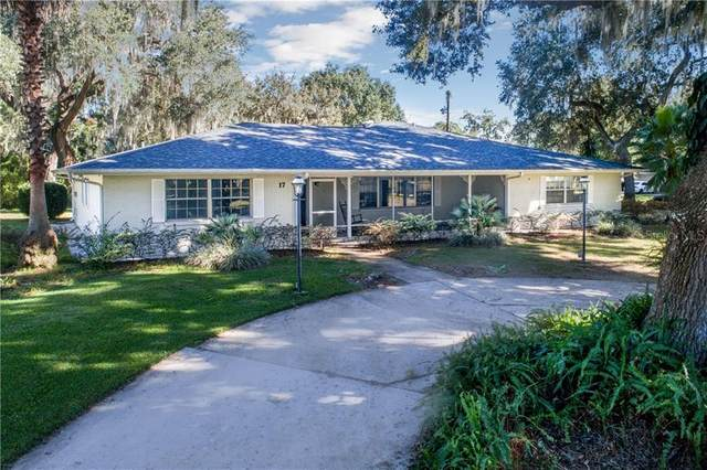 17 Palm Drive, Yalaha, FL 34797 (MLS #G5036276) :: Kelli and Audrey at RE/MAX Tropical Sands