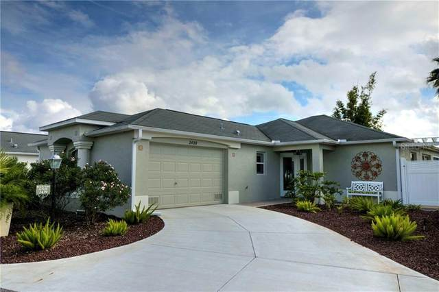 2439 Saffron Lane, The Villages, FL 32162 (MLS #G5036292) :: Realty Executives in The Villages