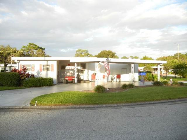 700 Falcon Drive, Tavares, FL 32778 (MLS #G5036321) :: Heckler Realty