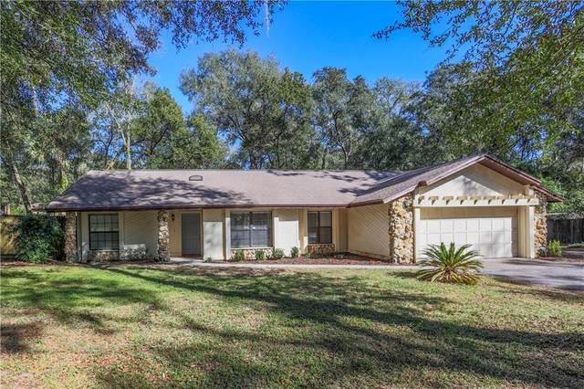 30608 Saint Andrews Boulevard, Mount Plymouth, FL 32776 (MLS #G5037737) :: Sarasota Home Specialists