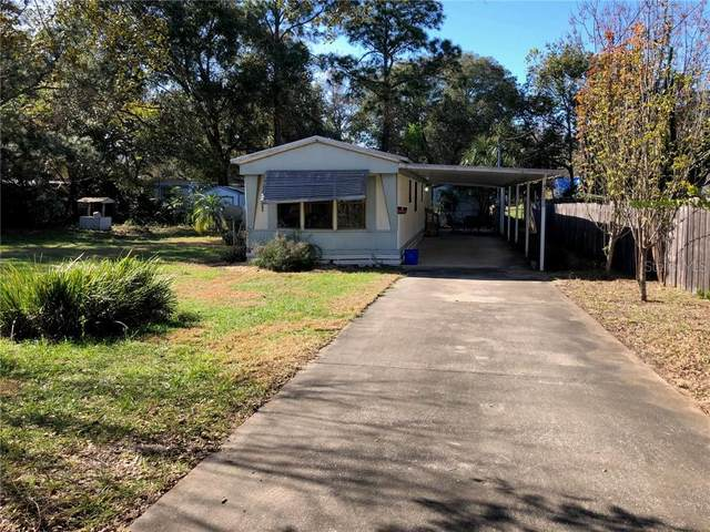 36735 Daisy Lane, Fruitland Park, FL 34731 (MLS #G5037793) :: GO Realty