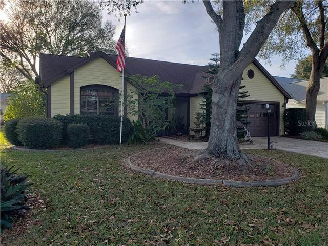 524 Chula Vista Avenue, Lady Lake, FL 32159 (MLS #G5037836) :: Godwin Realty Group