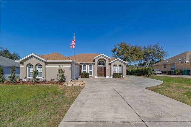 3519 Hunters Trail Circle, Eustis, FL 32726 (MLS #G5037877) :: Gate Arty & the Group - Keller Williams Realty Smart