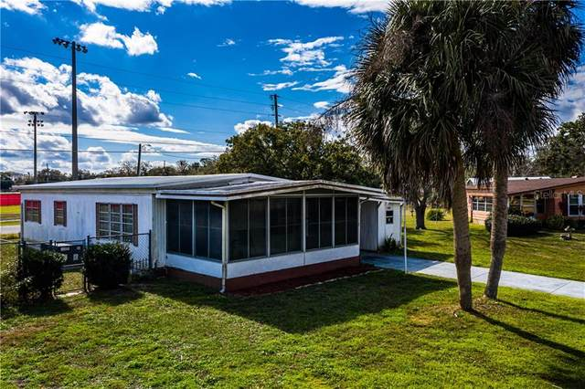 1043 Capella South Drive, Tavares, FL 32778 (MLS #G5037942) :: Godwin Realty Group