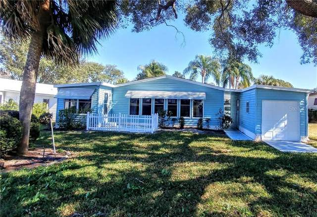 1602 Hilton Head Boulevard, Lady Lake, FL 32159 (MLS #G5038264) :: Bob Paulson with Vylla Home