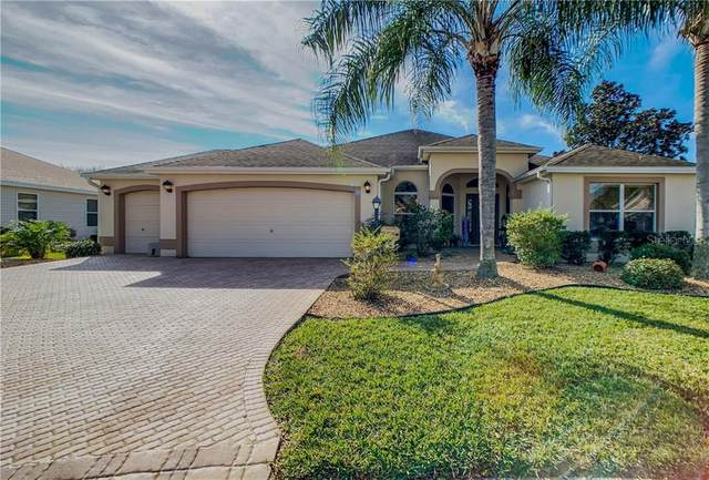 1870 Oxford Lane, The Villages, FL 32162 (MLS #G5038360) :: Sarasota Property Group at NextHome Excellence