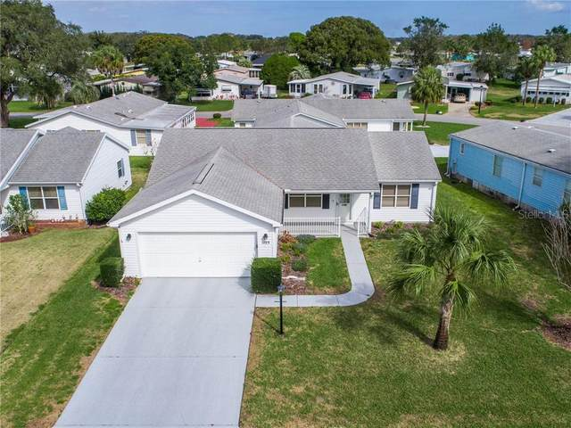 1105 W Boone Court, The Villages, FL 32159 (MLS #G5038752) :: Realty Executives in The Villages
