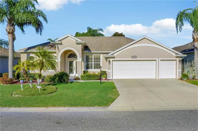 24034 Robinwood St, Leesburg, FL 34748 (MLS #G5039110) :: Vacasa Real Estate