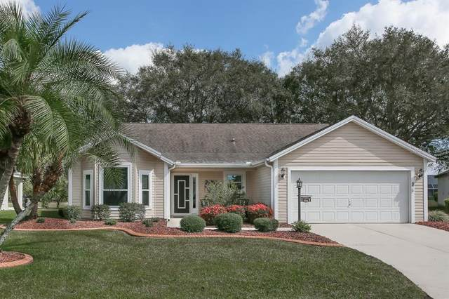 1006 San Antonio Lane, The Villages, FL 32159 (MLS #G5039131) :: CGY Realty