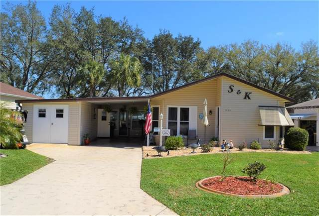 1648 W Schwartz Boulevard, Lady Lake, FL 32159 (MLS #G5039158) :: Realty Executives Mid Florida
