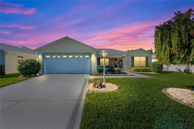 3284 Richmond Drive, The Villages, FL 32162 (MLS #G5039396) :: Coldwell Banker Vanguard Realty