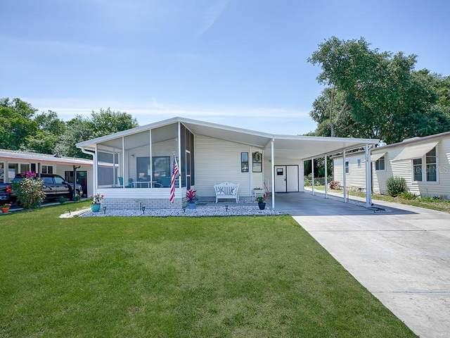 140 Westwood Drive, Leesburg, FL 34748 (MLS #G5040587) :: Vacasa Real Estate