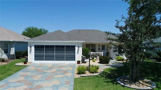 1843 Oxford Lane, The Villages, FL 32162 (MLS #G5040830) :: Everlane Realty