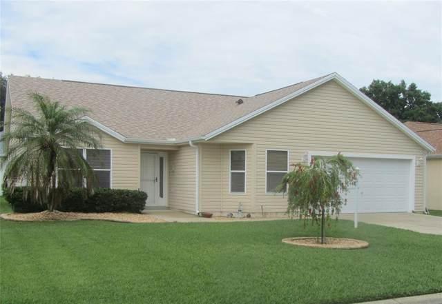 423 Loma Paseo Drive, Lady Lake, FL 32159 (MLS #G5040965) :: Vacasa Real Estate