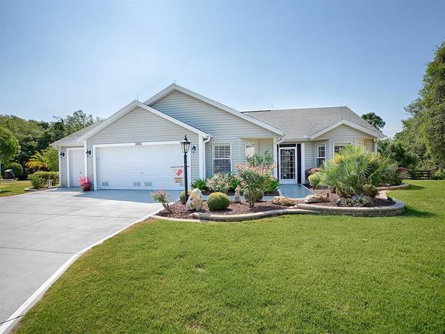 2052 Harston Trail, The Villages, FL 32162 (MLS #G5041555) :: Bustamante Real Estate