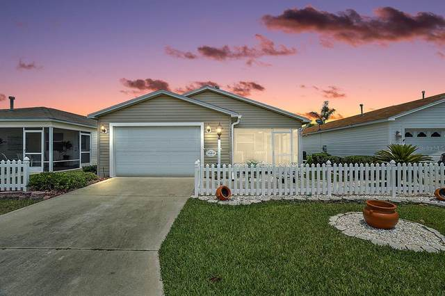 3664 Amelia Avenue, The Villages, FL 32162 (MLS #G5041911) :: Kelli and Audrey at RE/MAX Tropical Sands