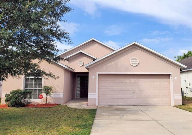 1062 Bluegrass Drive, Groveland, FL 34736 (MLS #G5041974) :: New Home Partners