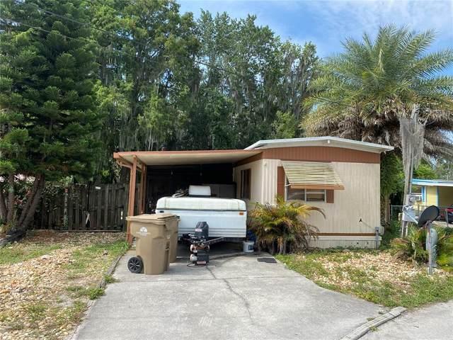 33506 Barksdale Drive, Leesburg, FL 34788 (MLS #G5041991) :: The Duncan Duo Team