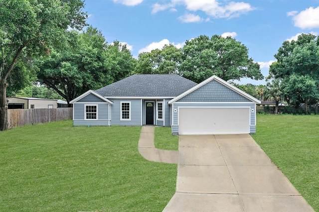 803 Deep Wood Court, Fruitland Park, FL 34731 (MLS #G5042730) :: Zarghami Group