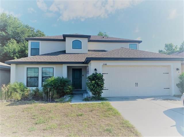 2386 Bracknell Forest Trail, Tavares, FL 32778 (MLS #G5043186) :: Alpha Equity Team