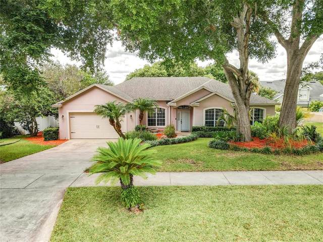1604 Oak Hollow Rd, Clermont, FL 34711 (MLS #G5043432) :: CGY Realty