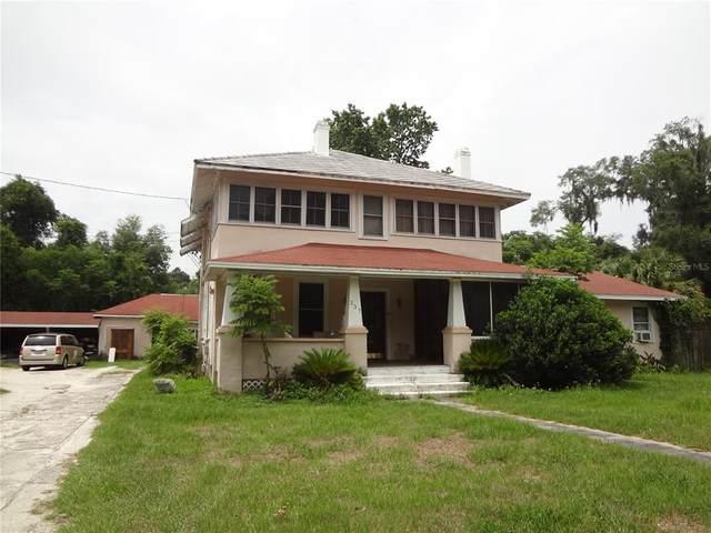 237 W Stetson Avenue, Deland, FL 32720 (MLS #G5043503) :: Armel Real Estate