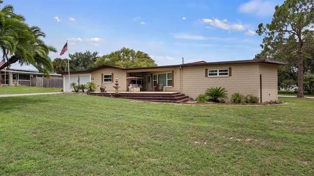 135 W Magnolia Avenue, Howey in the Hills, FL 34737 (MLS #G5043569) :: Vacasa Real Estate