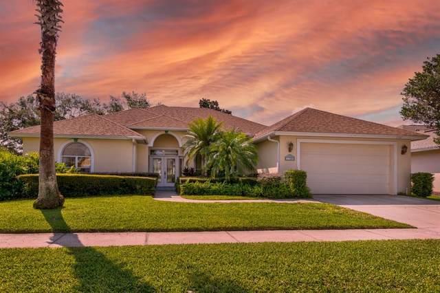 1760 Edgewater Drive, Mount Dora, FL 32757 (MLS #G5044691) :: Better Homes & Gardens Real Estate Thomas Group