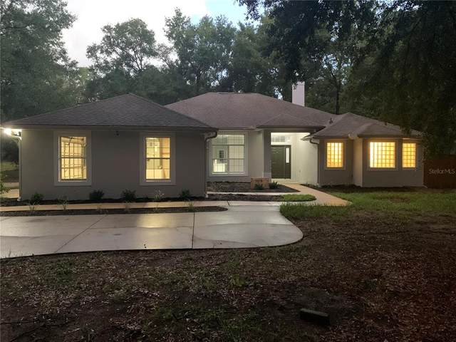 7670 SE 110TH STREET Road, Belleview, FL 34420 (MLS #G5047010) :: Gate Arty & the Group - Keller Williams Realty Smart