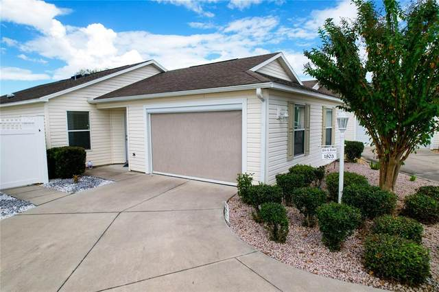 1803 Huckleberry Street, The Villages, FL 32162 (MLS #G5047352) :: Godwin Realty Group