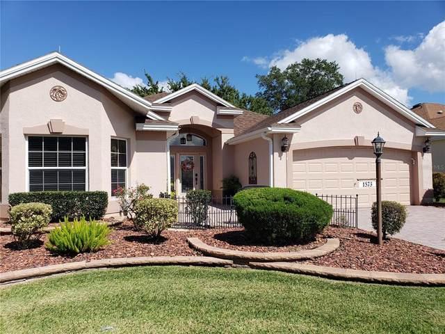 1573 Oak Forest Drive, The Villages, FL 32162 (MLS #G5047767) :: Lockhart & Walseth Team, Realtors