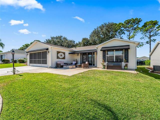 2736 Privada Drive, The Villages, FL 32162 (MLS #G5047883) :: Griffin Group