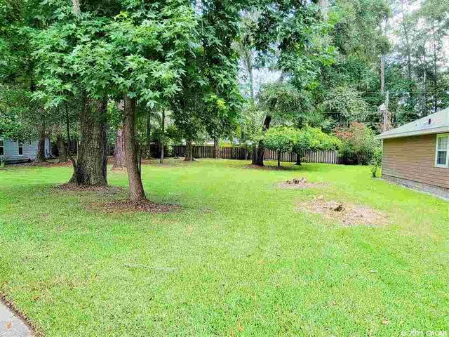 2615 NW 69th Terrace, Gainesville, FL 32606 (MLS #GC446362) :: Stewart Realty & Management