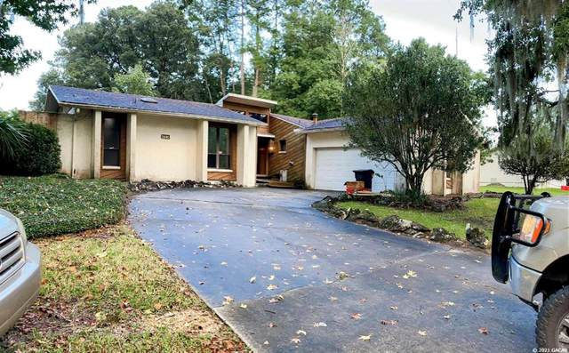 613 NW 97TH Terrace, Gainesville, FL 32607 (MLS #GC447610) :: The Curlings Group