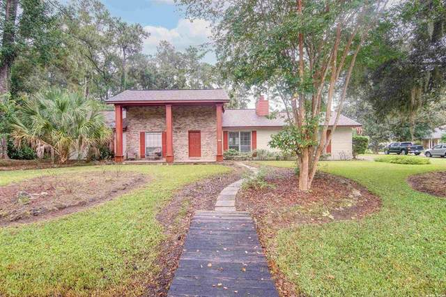 6121 NW 114th Place, Alachua, FL 32615 (MLS #GC447947) :: Team Saveela & Ace Remax Professionals