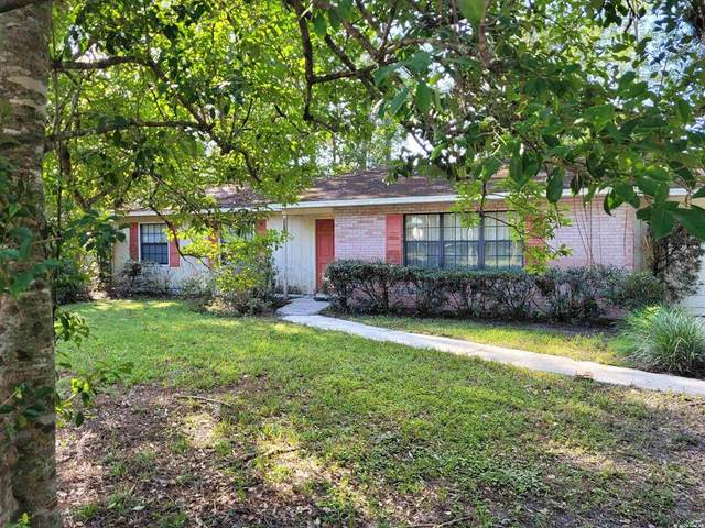 3201 NW 63RD Place, Gainesville, FL 32653 (MLS #GC448318) :: The Curlings Group