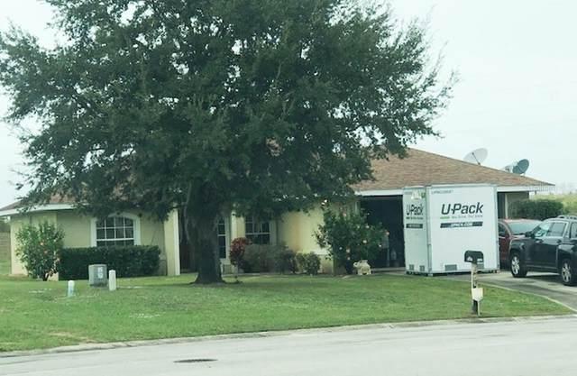 537 Central Ridge Lane Lane, Frostproof, FL 33843 (MLS #K4901225) :: Pepine Realty