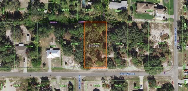 9005 Sheppard Drive, Lake Wales, FL 33898 (MLS #K4901351) :: Premium Properties Real Estate Services