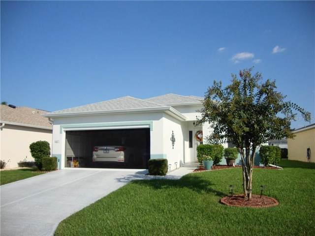 6227 Silver Lakes Drive E, Lakeland, FL 33810 (MLS #L4910928) :: The Duncan Duo Team