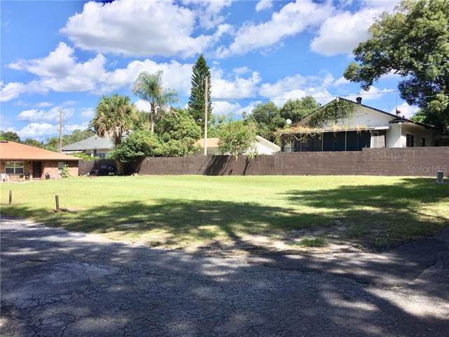 101 Lake Hunter Drive #16, Lakeland, FL 33803 (MLS #L4911540) :: Godwin Realty Group
