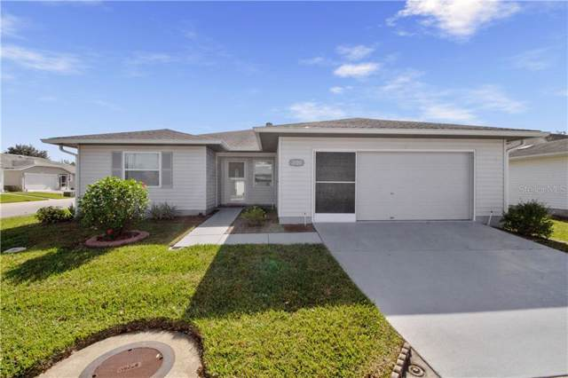 2100 Grand Cypress Drive, Lakeland, FL 33810 (MLS #L4913418) :: The Figueroa Team