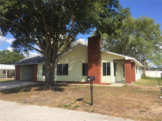 917 Carver Street, Lake Wales, FL 33853 (MLS #L4914045) :: The Duncan Duo Team
