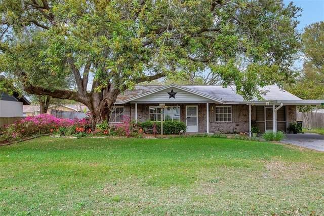 2846 Banyan Lane, Lakeland, FL 33805 (MLS #L4914241) :: Sarasota Home Specialists