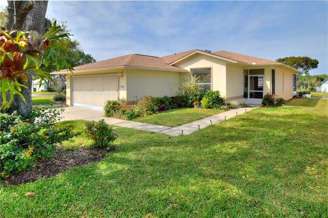 6123 Silver Lakes Drive W, Lakeland, FL 33810 (MLS #L4914483) :: Gate Arty & the Group - Keller Williams Realty Smart